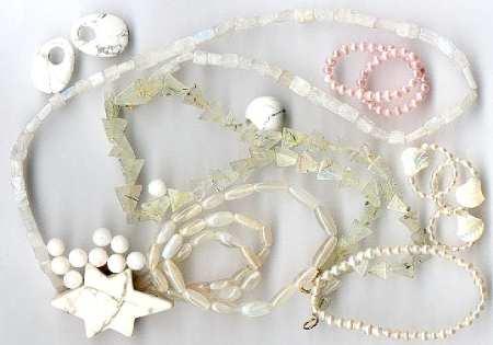 weiße Edelsteine